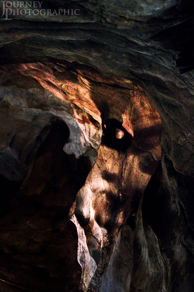 Picture of limestone formations in the Wellington Caves, Australia